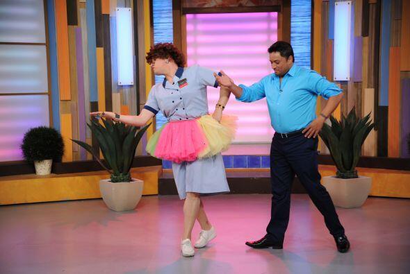 Con mucha gracia y elegancia, el participante de Mira Quién Baila fue co...