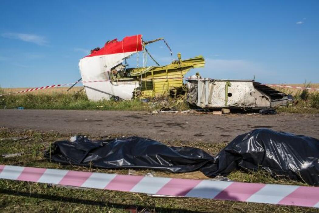 25- Malaysia Airlines suma con las catástrofes de este año 671 muertos e...