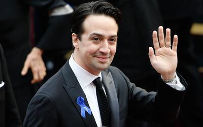 ¿Qué significa la cinta azul portada por artistas en los Premios Oscar?