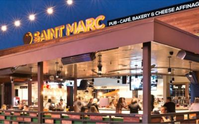 """Restaurante que despidió a un mesero por pedir a clientes """"p..."""