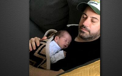 Un emocionado Jimmy Kimmel cuenta la historia de su recién nacido enferm...