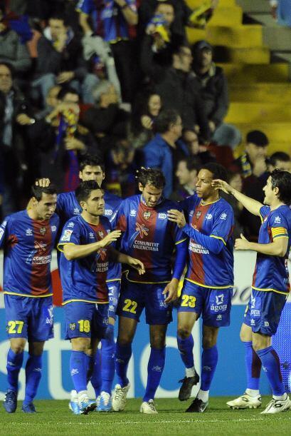 Y Sergio consiguió el 2-0 final, que de nada sirvió pues el global de 8-...