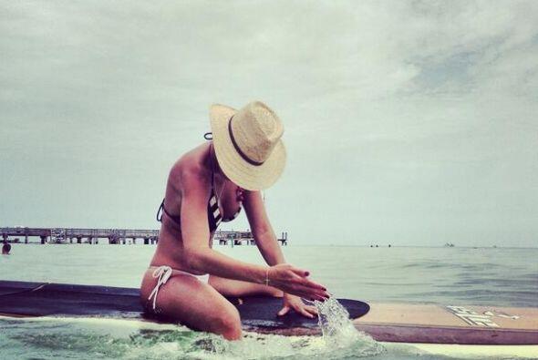 Meditando con la tranquilidad del mar.