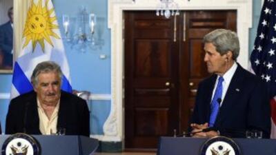 El secretario de Estado, John Kerry, recibió hoy al presidente de Urugua...