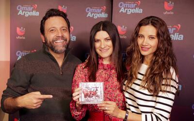Laura Pausini les confesó a Omar y Argelia cuál ha sido el regalo favori...
