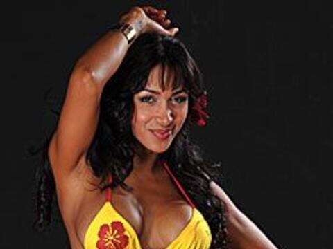 María Gil es el vivo retrato de la belleza latina con todo lo que...