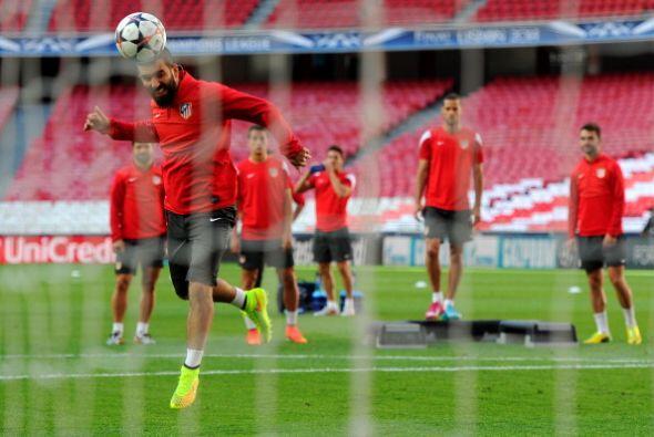 También el Atlético contó con todos jugadores en el entrenamiento.