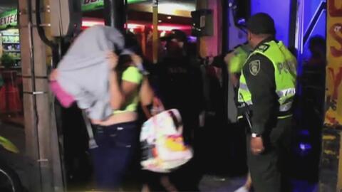 Masiva redada en Colombia acaba con la detención al menos 100 prostituta...
