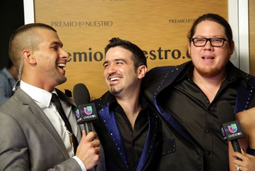 Te llevamos detrás de cámaras en Premio Lo Nuestro 2014. Esto fue lo que...