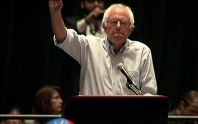 Así reaccionó el público cuando Bernie Sanders les pidió votar por Hillary