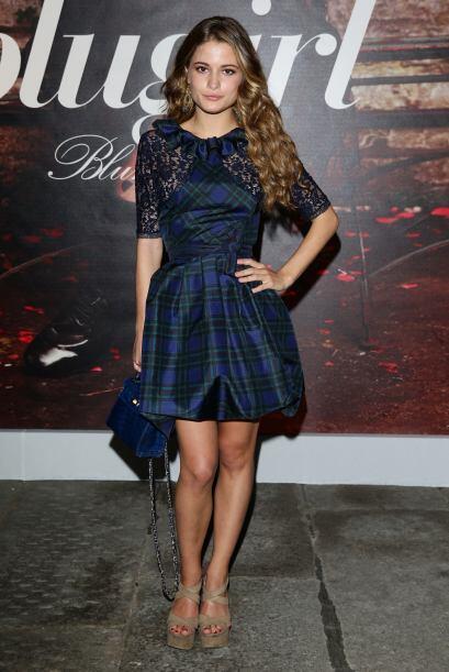 El vestido en tonos azules y verdes de la actriz italiana Giulia Elettra...