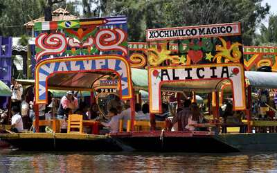 Xochimilco es más que una atracción turística. Es u...