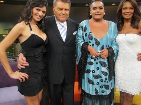 Don Francisco y la conductora de noticas Ilia Calderón presentan...