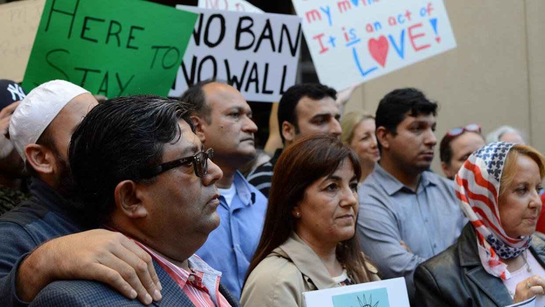 Miami-Dade decide no revocar la orden de su alcalde para dejar de ser un...