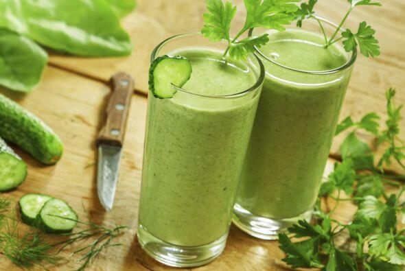 Batidos de vegetales Me encanta comenzar el día con batidos verdes, pero...