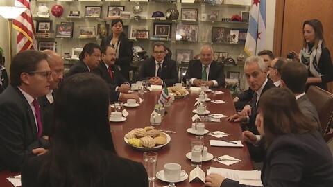 Alcaldes de tres ciudades de México están en Chicago para hablar sobre l...