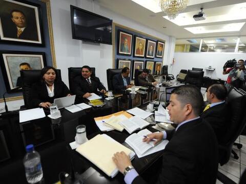 Honduras prepara el regreso el sábado de Manuel Zelaya bajo la cu...