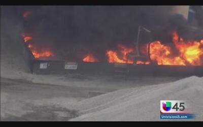 Explosión en una planta de asfalto