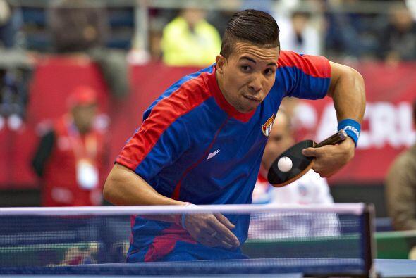 El cubano Andy Pereira, de Cuba, se colocó en el primer sitio del podio...