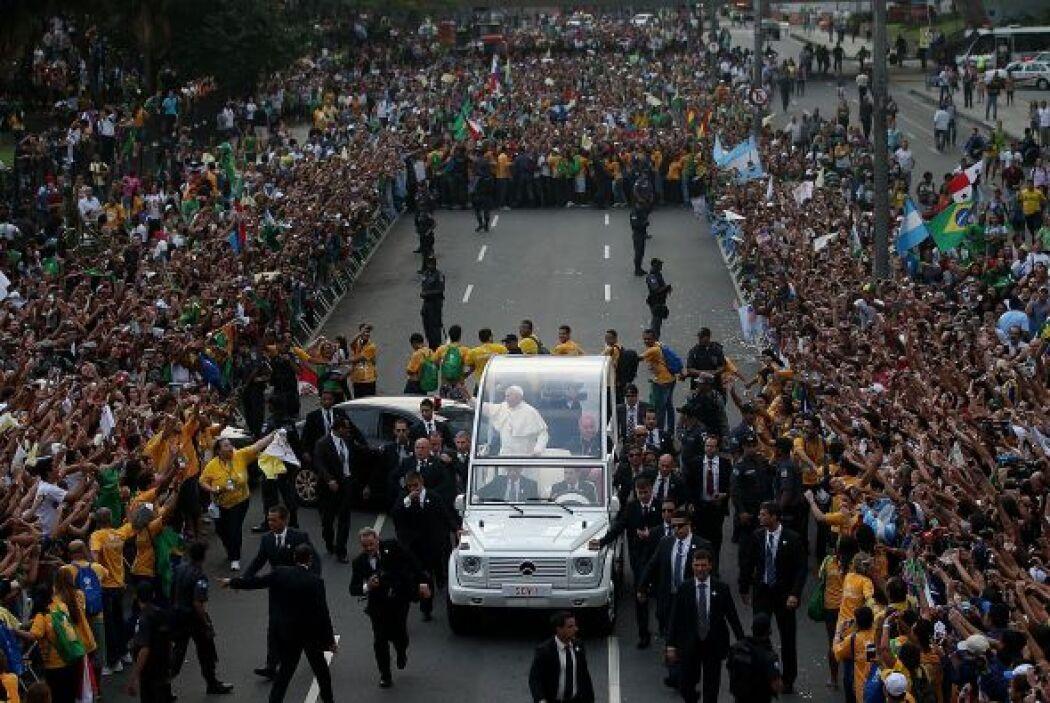 Durante la Jornada Mundial de la Juventud en Río de Janeiro, Brasil, Fra...