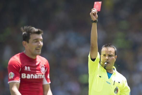El villano del partido fue Edgar Benítez, el paraguayo se hizo am...