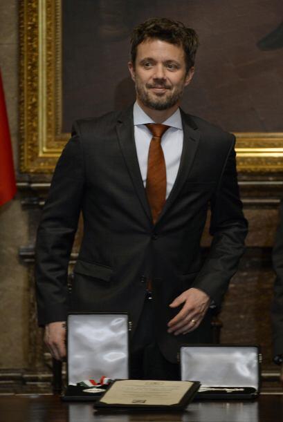 Junto con los príncipes daneses vino a México una amplia delegación de e...