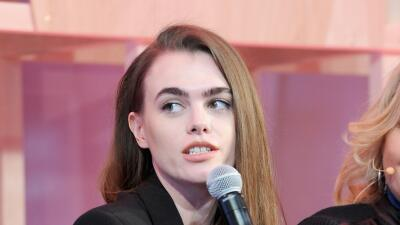 Charli Howard participó en un simposio sobre la belleza femenina...