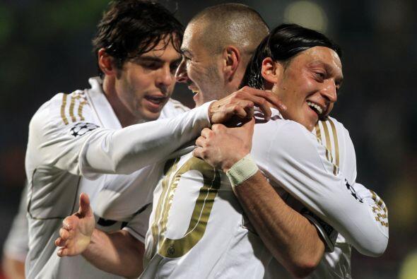 El doblete, en la ida, del francés Karim Benzema y el tanto del brasileñ...