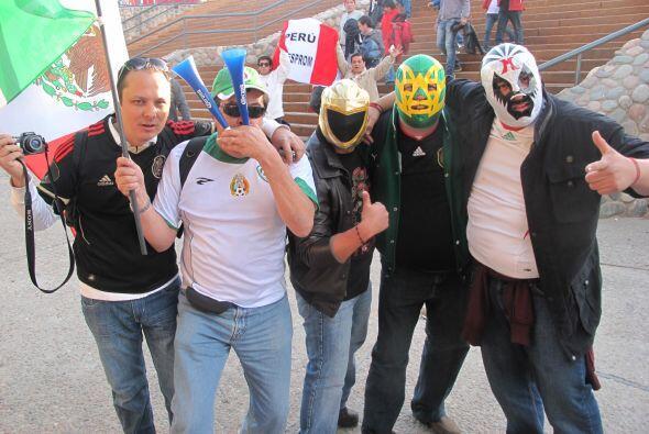 Infaltables los enmascarados, fieles a la selección, se vinieron...