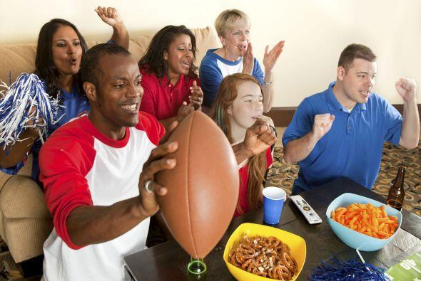"""Si deseas organizar una fiesta de """"Fantasy Football Draft"""" en casa, apun..."""