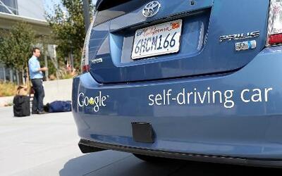 Estados Unidos se prepara para autos que se manejan solos