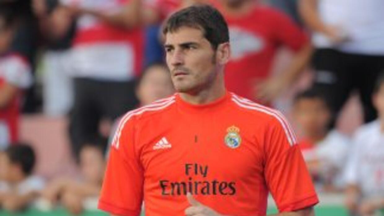 El presidente del Madrid no ve viable que Iker deje al equipo en el próx...