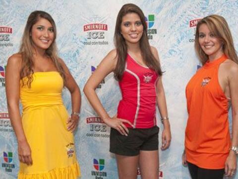 Estas tres hermosas chicas fueron las que recibieron a los invitados al...