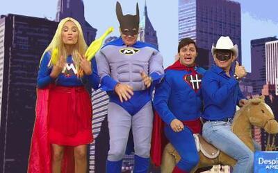 Los superhéroes luchan por un chiste mejor