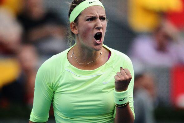 La bielorrusa Victoria Azarenka, favorita en el torneo, se deshizo de la...