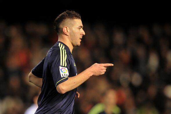 Benzema volvió a marcarle al Valencia en la Copa luego de su diana en el...