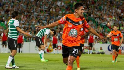 Pachuca perdió por 4-2 pero pasó a la final, eliminando a Santos
