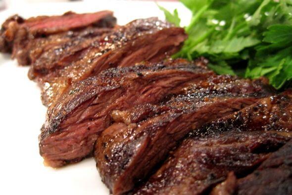 Ensalada de churrasco Aquí te verás más gourmet utilizando el vinagre de...