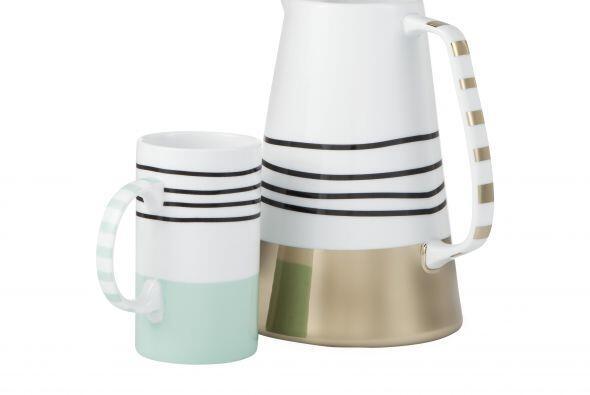 La pareja ideal es esta jarra de $25 y la taza desde $5 pueden brindar u...