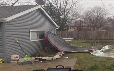 Ráfagas de viento provocan varios daños en Chicago