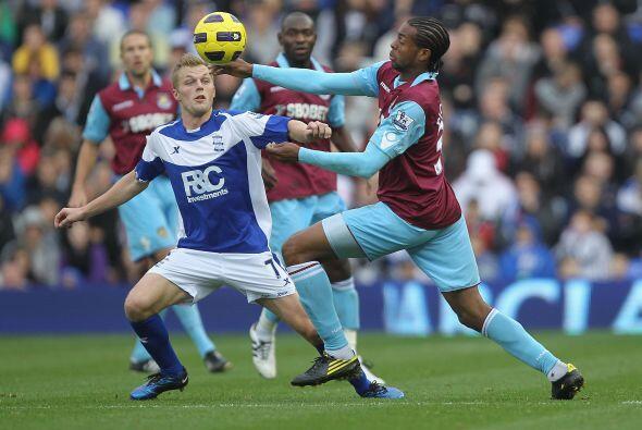 Birmingham y West Ham United repartieron puntos y quedaron 2 a 2.