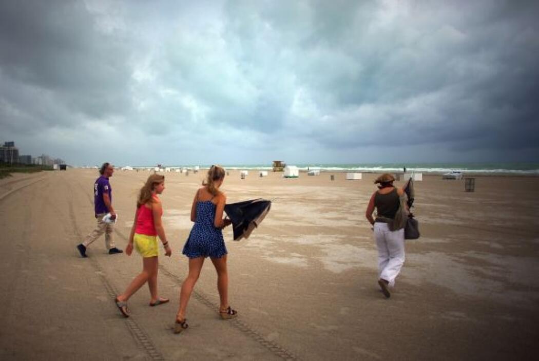 Los meteorólogos independientes alertaron que 'Sandy' impactará entre Vi...