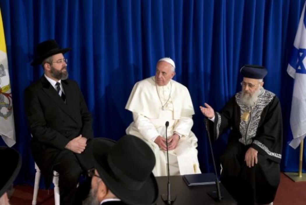 Se trata de un conflicto de siglos entre judíos y árabes que reclaman la...