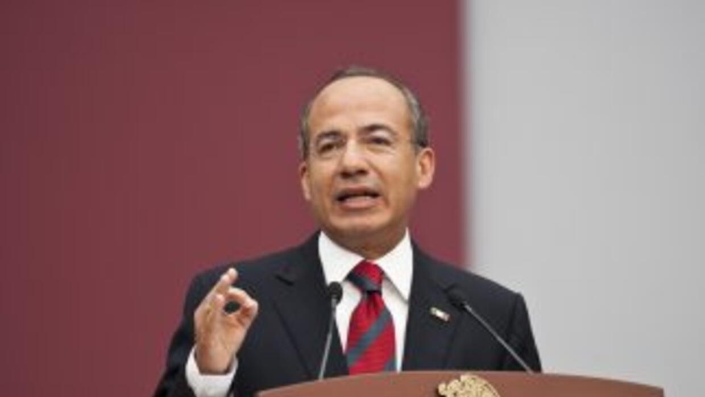 El presidente mexicano Felipe Calderón habló largo y tendido con María E...
