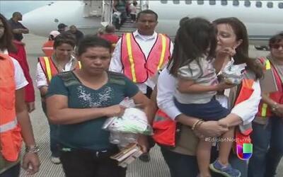 Deportados llegan a Honduras con la esperanza de recibir ayuda