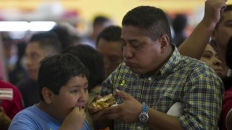 Los hot dogs, pizza, chapatas y hasta los tamales serán más caros para l...