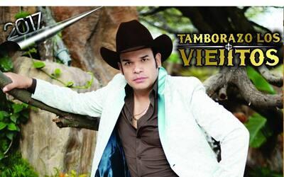 Marco Flores y La Jerez estrenan el son 'Los Viejitos'.
