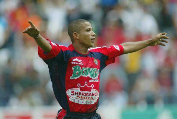 Otro que llegó a primera división en plan goleador fue el Irapuato en el...