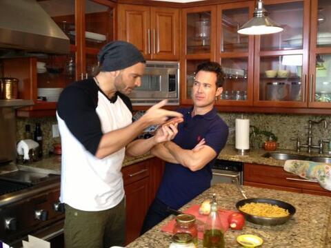 """""""Ya era hora de que trajeras a un buen chef a tu cocina"""", dijo..."""