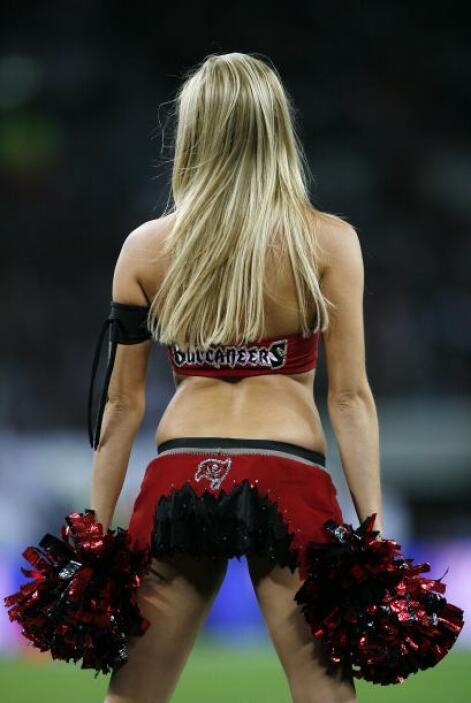 Londres ha tenido la presencia de las sexys porristas del emparrillado c...